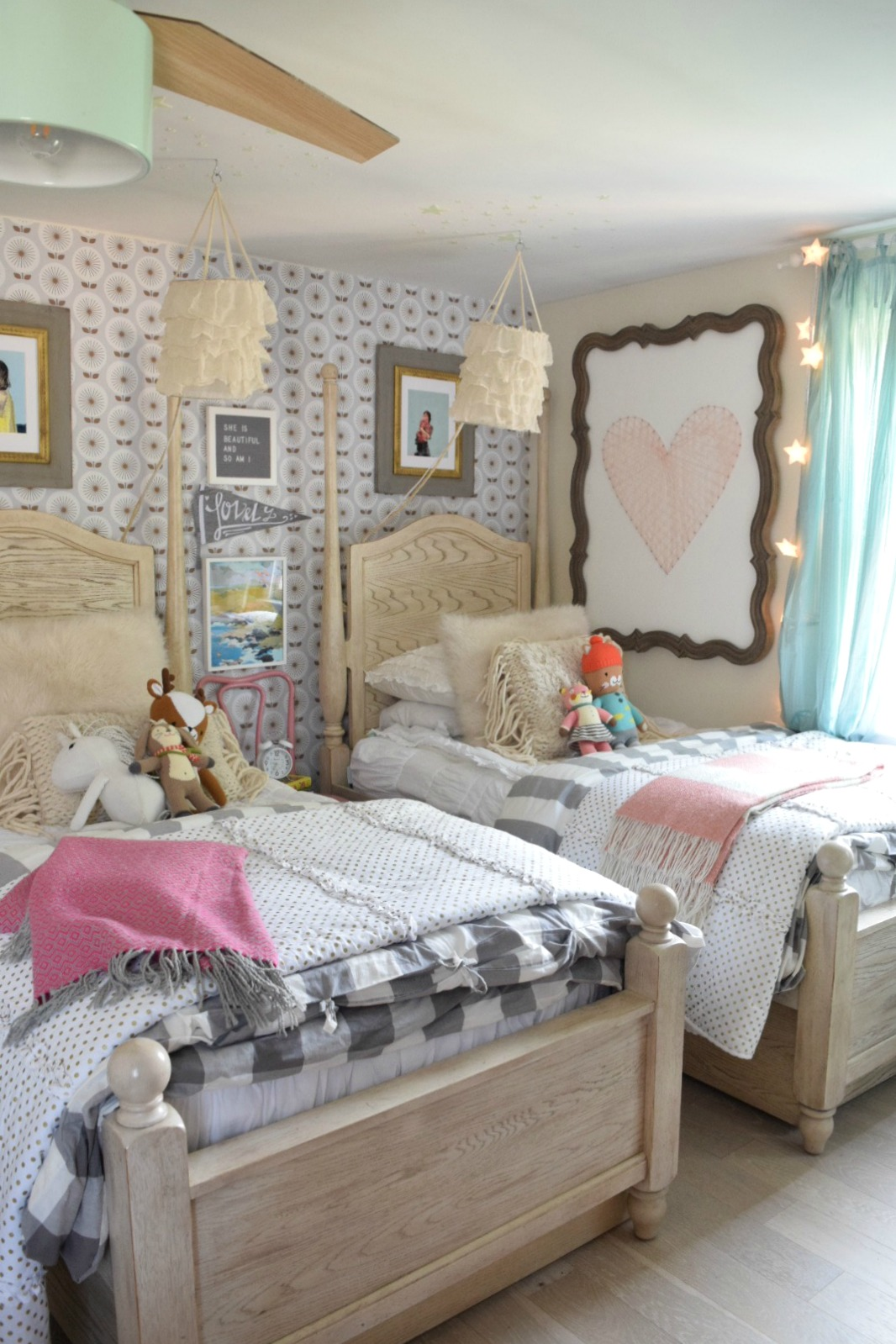 Friday Favorites starts with Halloween Decor That is ... on Girls Bedroom Ideas  id=59593