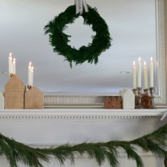 Friday Favorites starts with Easy Tips to refresh your Christmas Mantel