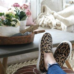Friday Favorites starts with More Bedding Tips, SALES and Fiddle Leaf Figs