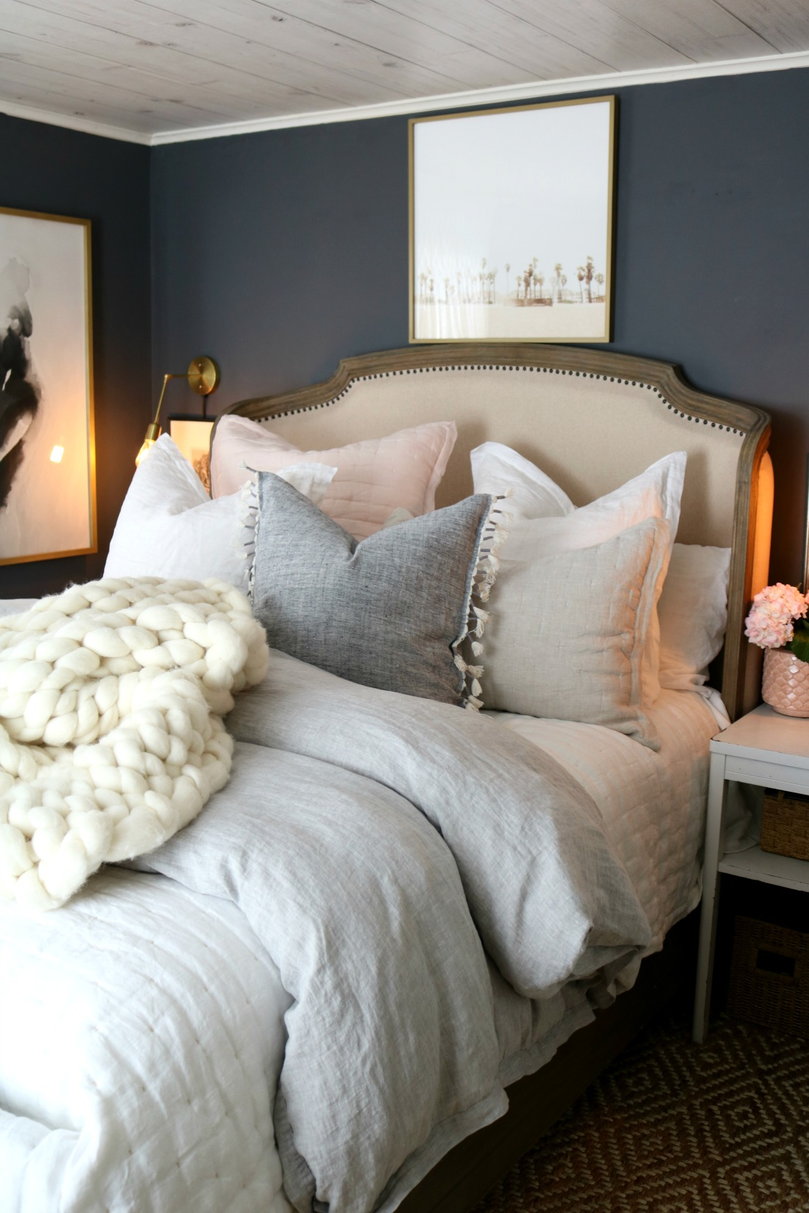 Master Bedroom Bedding  How To Make Your Bedding Fluffy!
