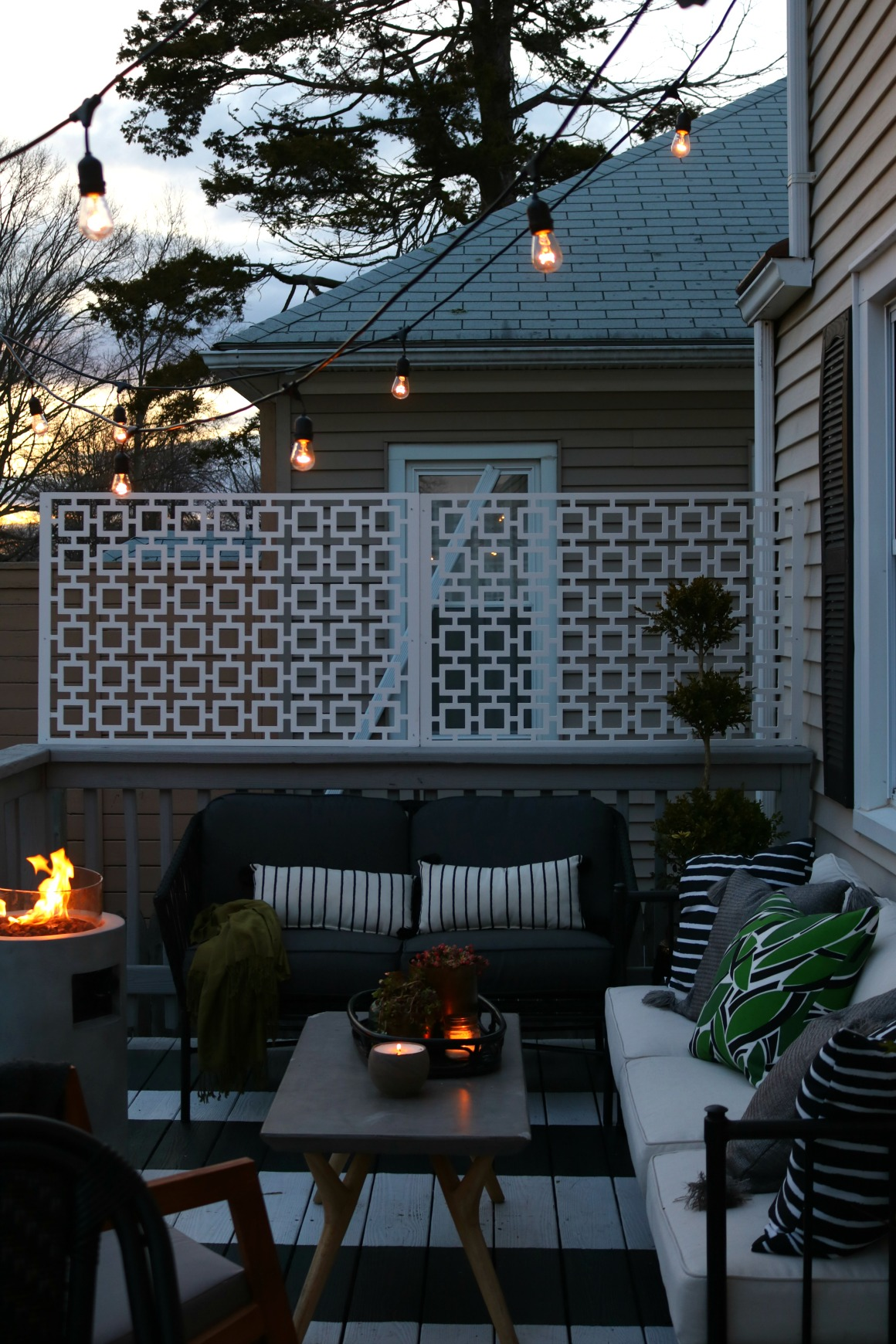Picture of: How We Hung Our Deck String Lights Privacy Screen And Artwork Outside Nesting With Grace