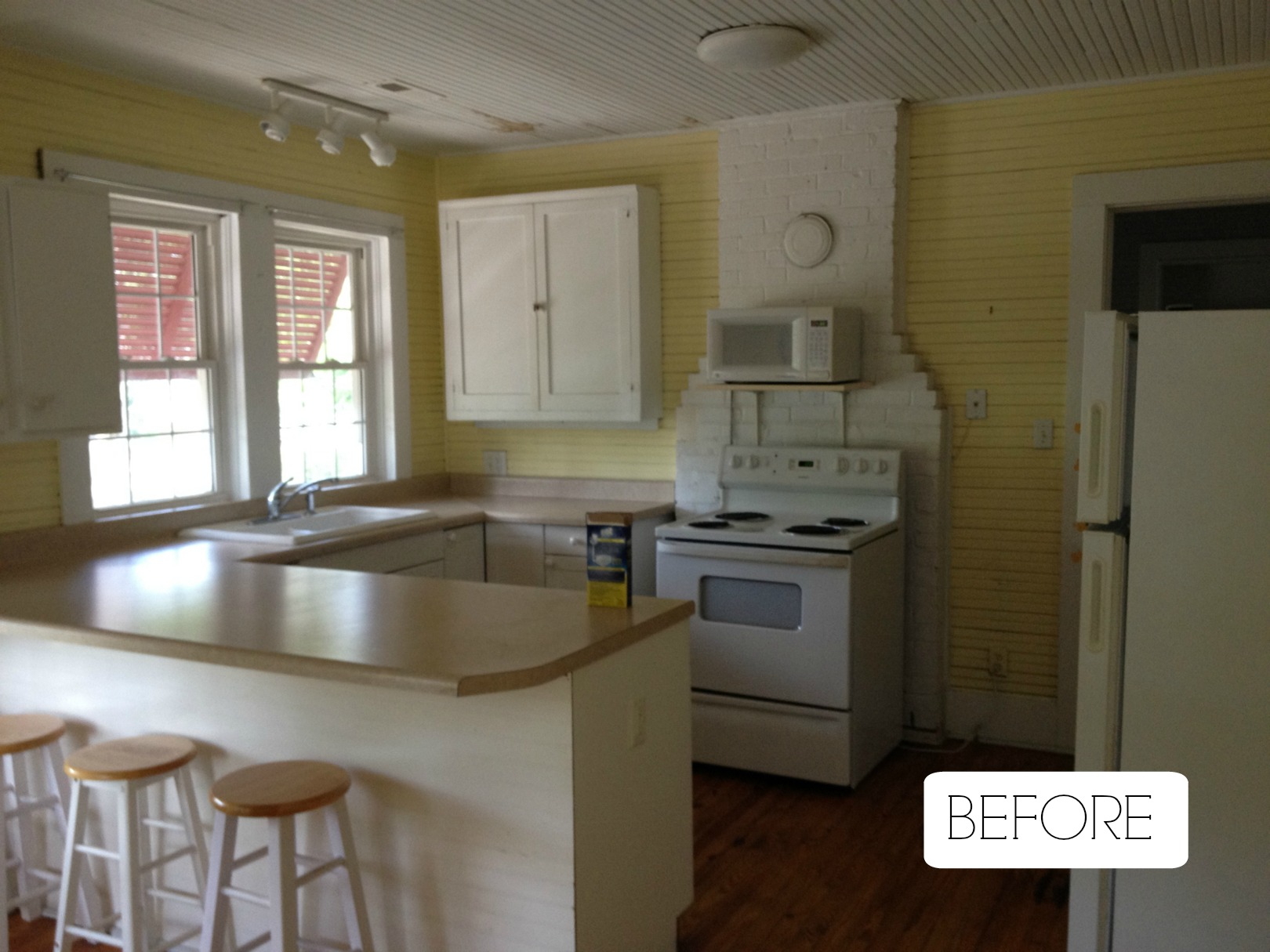BEFORE- Small Space Living- Kitchen Organizing Tips