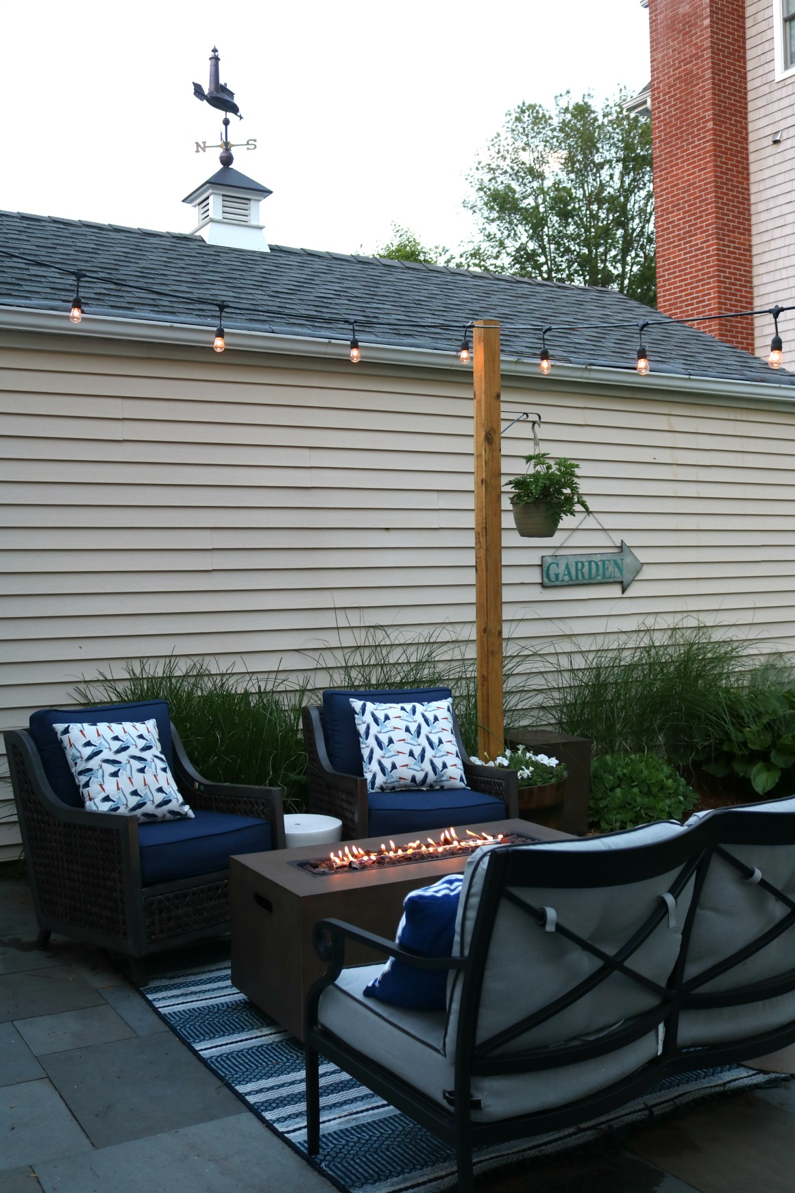 Backyard Patio- Outdoor Furniture for Small Spaces ... on Patio Ideas For Small Spaces id=31675