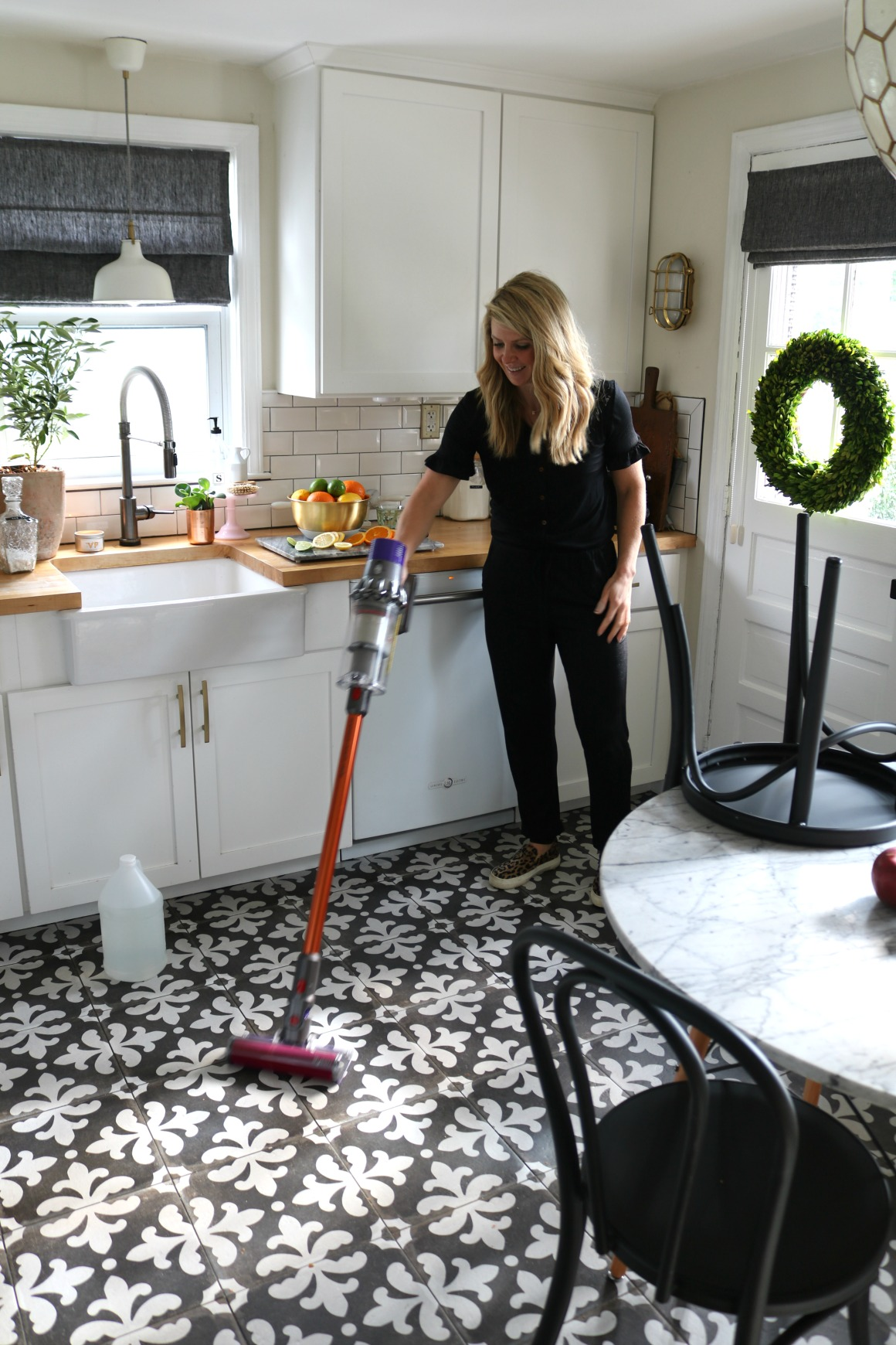 Cleaning Schedule- Easy Tips for a Tidy Home