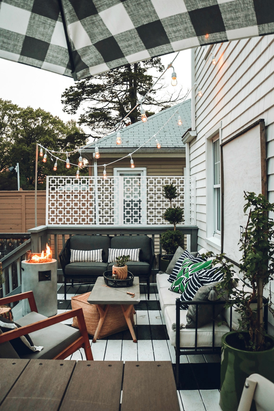 Outdoor patio with striped decking