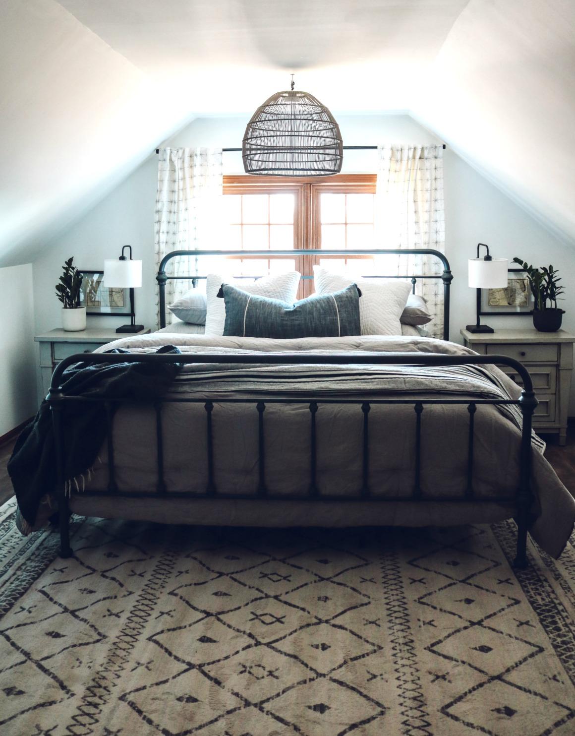 Master Dormer Bedroom- Finishing Details
