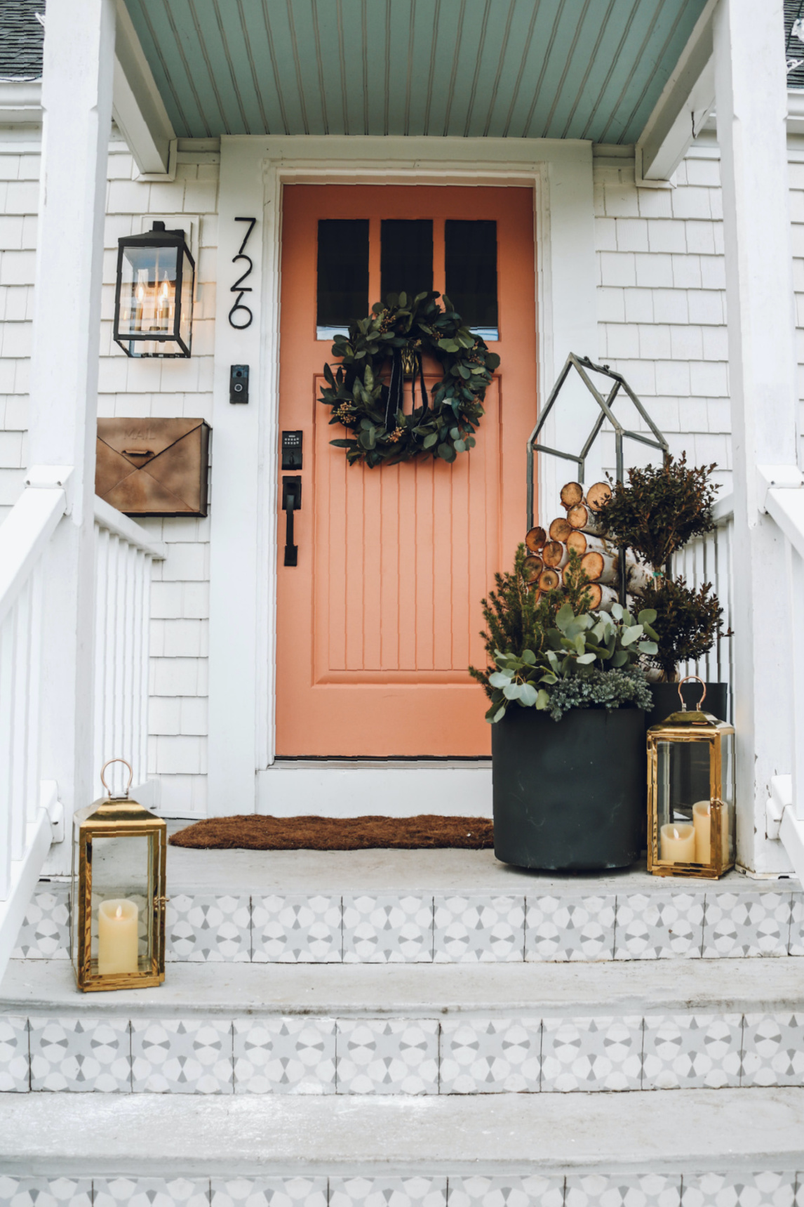 Winter Front Porch Ideas!