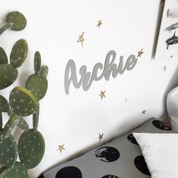 Little Itsy | Acrylic name plaques, acrylic cake toppers, milestone blankets, milestone cards, silicone teethers, and beautiful Christmas decorations | www.nestlingcollective.com