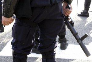 policajac-specijalac-policijsko-obezbedjenje-fonet-1388403279-420183