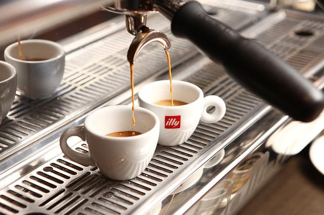 cafe-1618636_640
