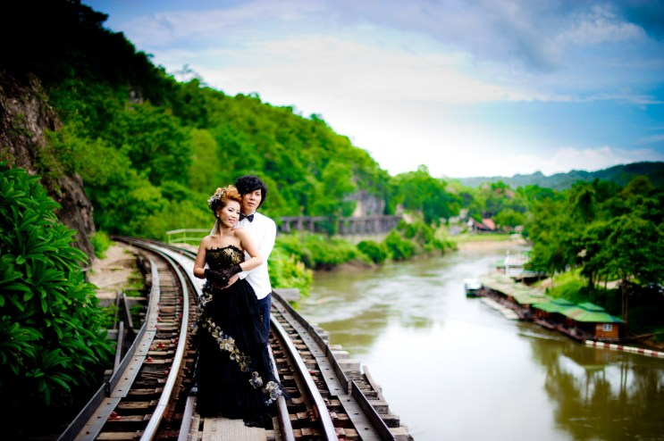 Thailand Karnchanaburi Pre-Wedding Engagement - Thailand Wedding Photographer