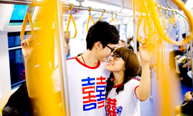 BANGKOK THAILAND PRE-WEDDING AT ROD FAI PARK – SIAM – MARBLE TEMPLE – RAMA VIII BRIDGE – CITY NIGHT | ภาพถ่าย พรีเวดดิ้ง ใน กรุงเทพ