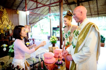 Thailand Wedding Photographer - Destination Wedding - Chiang Mai