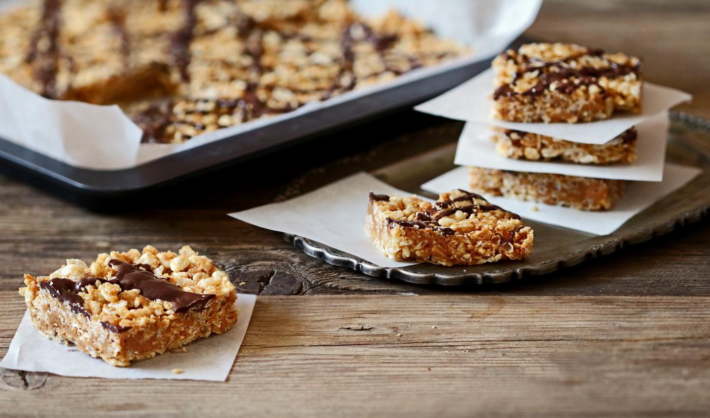 No-Bake Chocolate Peanut Butter Rice krispies Bars