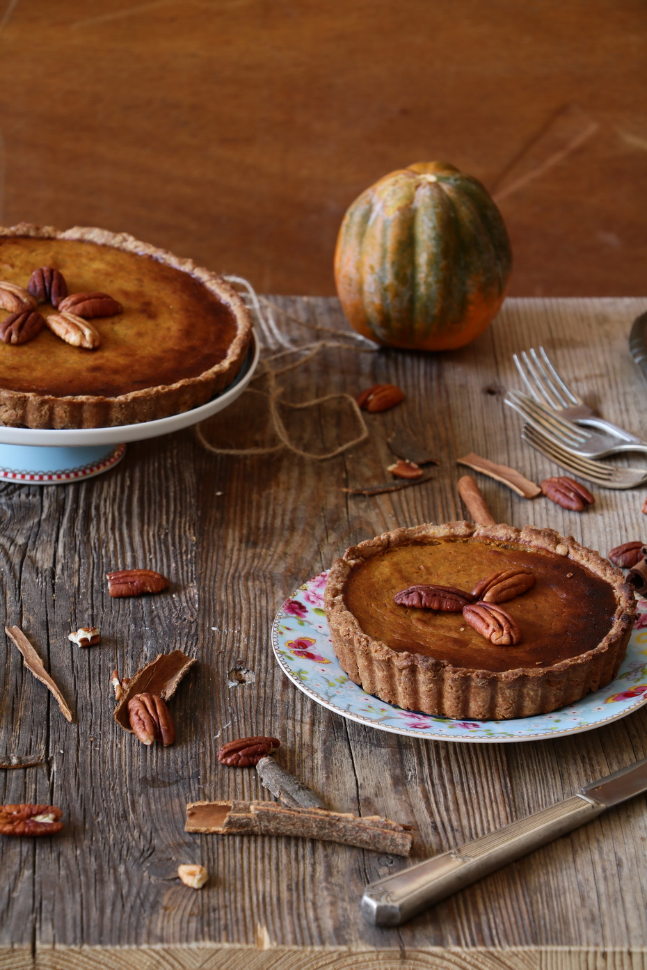 Healthy Festive Whole Wheat Crust Pumpkin Pie