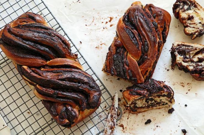 Chocolate krantz Babka Cakes