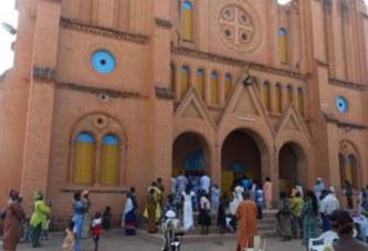Religion | Archidiocèse de Ouagadougou:  Les medias catholique célèbrent la nativité avec les enfants
