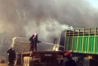 Incendie À Ouagadougou: Quatre Camions Partent En Fumée
