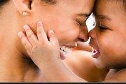 Une maman, celle qui gronde mais qui pardonne tout…