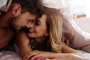 Ce petit geste intime qui prouve que votre relation devient sérieuse