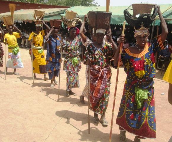 Les femmes bobo de Koundimi ont présenté les outils de  portage de leur terroir