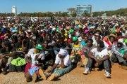 démonstration de force des sympathisants de Mugabe