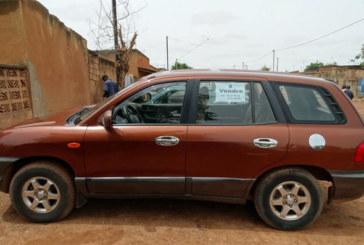 A vendre: Hyundai santafe, Année 2002, prix 2 500 000 Fcfa