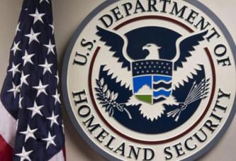 Pour entrer aux États-Unis, les douanes pourraient exiger votre compte Facebook