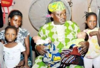 Elle accouche des jumeaux pour la 3ème fois, son mari fuit la maison, l'abandonnant avec les enfants