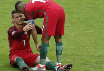 Entorse d'un ligament du genou pour Ronaldo