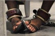 Côte d'Ivoire: Un «dangereux» prisonnier condamné à porter des chaînes pendant sa détention
