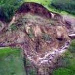 Cameroun : Un glissement de terrain entraine l'éboulement d'une montagne de 2000m dans le Nord-Ouest