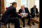 Obama: les décisions de la Fifa sont … »un peu truquées »