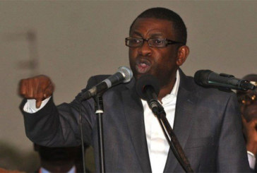"""Youssou Ndour : """"Je demande solennellement à Trump d'exprimer des regrets pour…"""""""