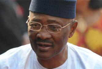 Mali : les députés examinent une résolution sur la mise en accusation de ATT