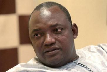 Gambie: Un fils de Adama Barrow tué au pays alors que le Président élu crèche à Dakar depuis samedi