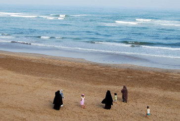 Le Maroc interdit la vente et la confection de burqas