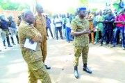 Militaires et policiers radiés : des manifestations simultanées ...