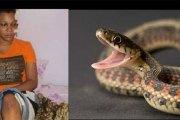 Il se transforme en serpent et mord l'oreille d'une jeune fille dans son sommeil