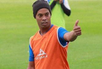Football : Ronaldinho va démarrer une carrière d'entraineur