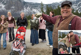 Il a 27 femmes et 145 enfants mais est contre la polygamie