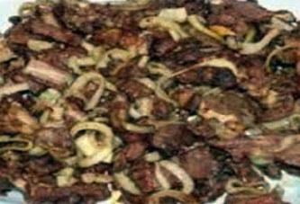 Mali: sa viande rôtie volée à maintes reprises, voici ce qu'il fait pour arrêter le voleur et ses complices!