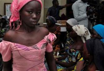 Nigeria: Une lycéenne de Chibok apparaît armée dans une nouvelle vidéo de Boko Haram