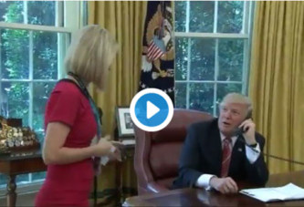 Trump interrompt un coup de fil officiel pour charmer une journaliste
