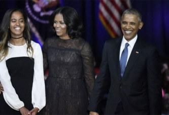 Moment émouvant: Barack et Michelle Obama accompagnent Malia pour son premier jour à Harvard (vidéo)