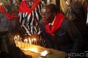 Zimbabwe: La date anniversaire de Mugabe devient «jour férié »