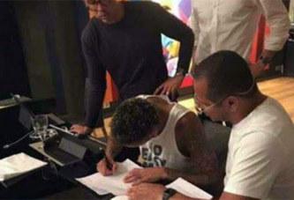 Officiel: Neymar débarque au PSG pour 5 ans!