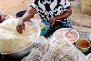 Côte d'Ivoire - Bocanda / Pour envoûter ses clients : Une vendeuse d'attiéké mettait ses menstrues dans ses sauces