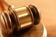 Inceste / Il viole sa fille au parloir de la prison