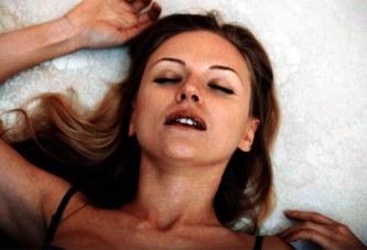 Sexualité / Orgasme : comment les femmes l'atteignent ?